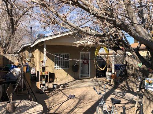 Photo of 1835 William Street SE, Albuquerque, NM 87102 (MLS # 961494)