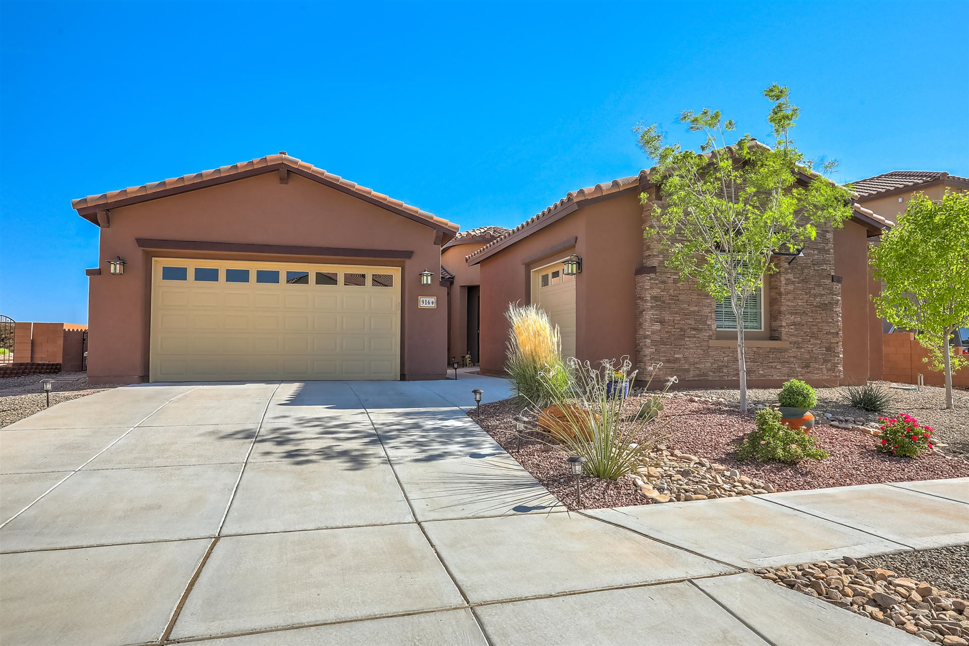 916 MESA ROJA Trail NE, Rio Rancho, NM 87124 - #: 967495
