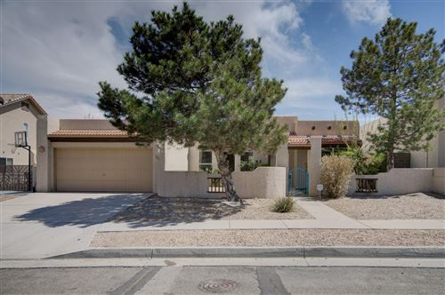 Photo of 2808 MONUMENT Drive NW, Albuquerque, NM 87120 (MLS # 989499)