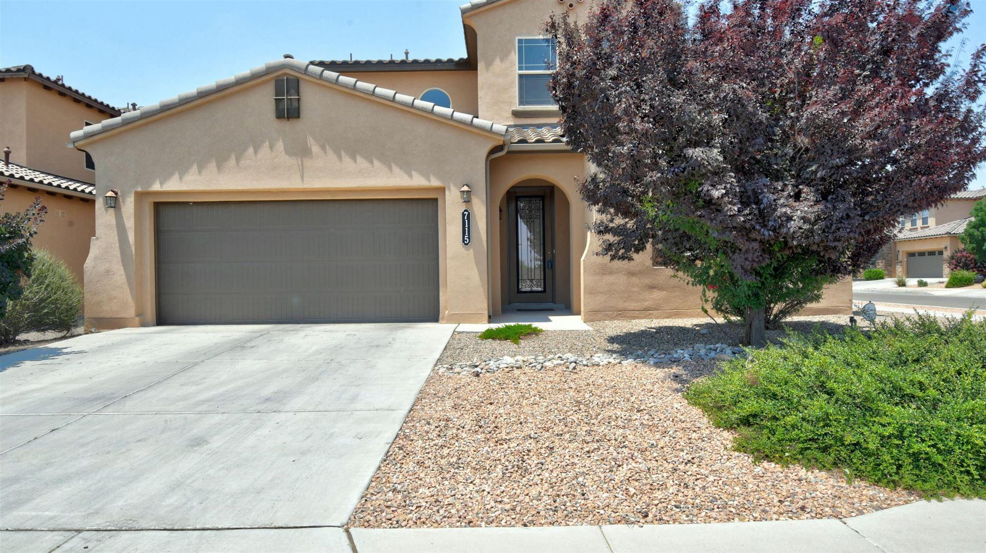 Photo of 7115 VISTA TERRAZA Drive NW, Albuquerque, NM 87120 (MLS # 994502)