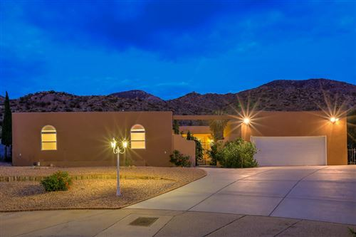 Photo of 13116 SANDSTONE Place NE, Albuquerque, NM 87111 (MLS # 985504)