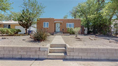 Photo of 2928 SAN RAFAEL Avenue SE, Albuquerque, NM 87106 (MLS # 991504)