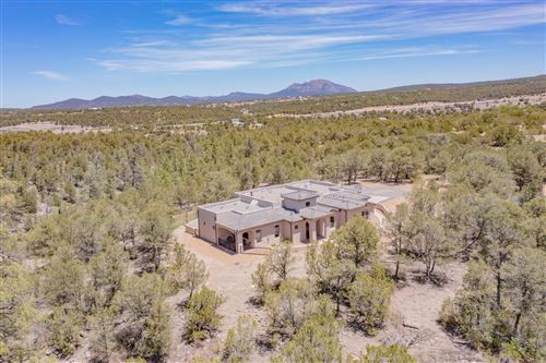 Photo of 19 Coyote Canyon Trail, Tijeras, NM 87059 (MLS # 991507)