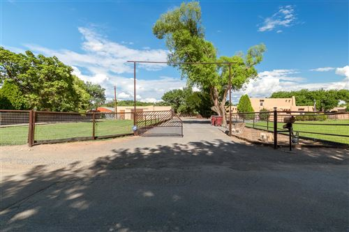 Photo of 460 Country Lane, Bosque Farms, NM 87068 (MLS # 995507)