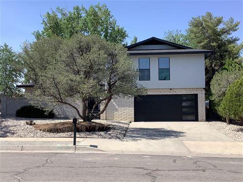 Photo of 6708 HILDEGARDE Drive NE, Albuquerque, NM 87109 (MLS # 994510)
