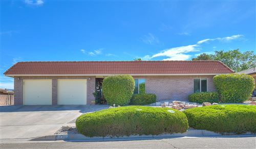 Photo of 5529 EDWARDS Drive NE, Albuquerque, NM 87111 (MLS # 971514)