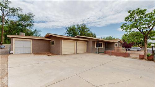 Photo of 1206 PRESIDIO Place SW, Albuquerque, NM 87105 (MLS # 991514)