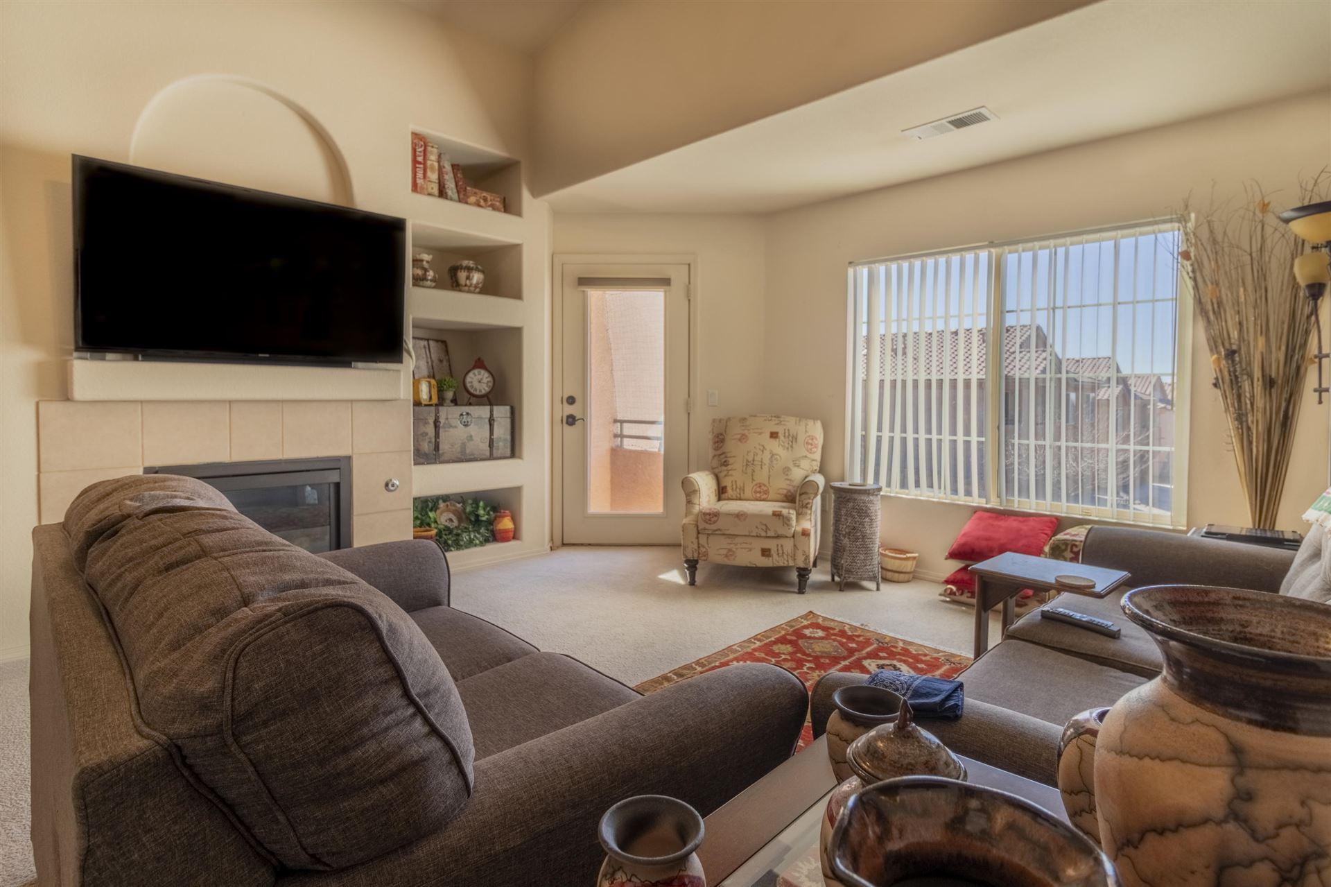 Photo of 5216 Na Pali Street NE, Albuquerque, NM 87111 (MLS # 986514)