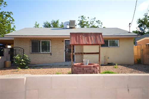 Photo of 1115 McMullen Drive NW, Albuquerque, NM 87107 (MLS # 994519)