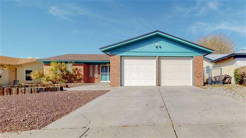 Photo of 8209 Portales Avenue NE, Albuquerque, NM 87109 (MLS # 981523)