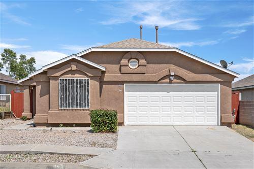 Photo of 724 110TH Street SW, Albuquerque, NM 87121 (MLS # 997523)