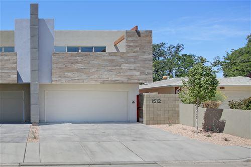Photo of 1512 San Patricio Avenue SW, Albuquerque, NM 87104 (MLS # 980524)