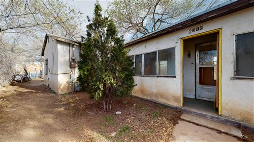 Photo of 2518 CARSON Road NW, Albuquerque, NM 87104 (MLS # 965527)