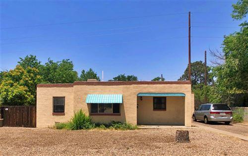 Photo of 2709 McEarl Avenue SE, Albuquerque, NM 87106 (MLS # 994527)
