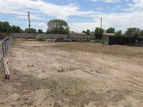Photo of 322 Nara Visa Road NW, Los Ranchos, NM 87107 (MLS # 997528)