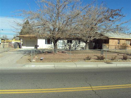 Photo of 4909 Comanche Road NE, Albuquerque, NM 87110 (MLS # 969532)