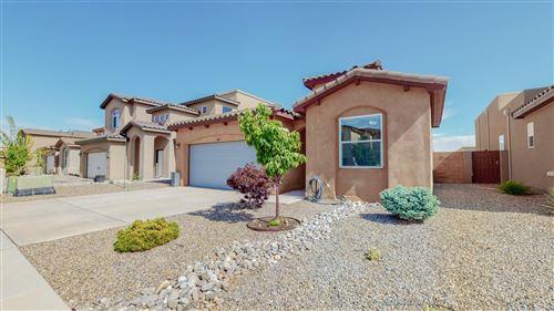 Photo of 5920 Ermemin Avenue NW, Albuquerque, NM 87124 (MLS # 991535)