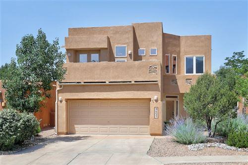 Photo of 6027 Goldfield Place NE, Albuquerque, NM 87111 (MLS # 994538)