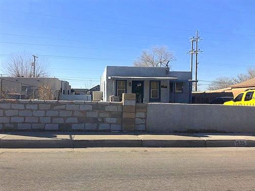 Photo of 1935 Arno Street SE, Albuquerque, NM 87102 (MLS # 965540)