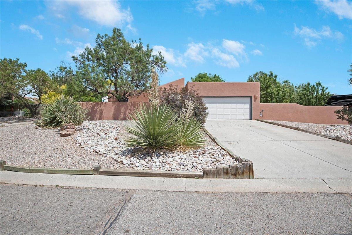 210 MONTANA WELLS Road NE, Rio Rancho, NM 87124 - MLS#: 993545