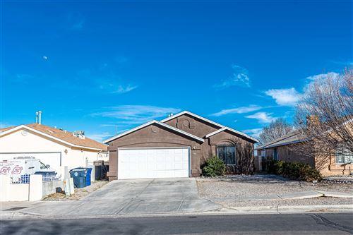 Photo of 1708 DESERT BREEZE Drive SW, Albuquerque, NM 87121 (MLS # 986549)