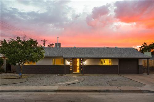 Photo of 3315 Shepard Place NE, Albuquerque, NM 87110 (MLS # 971551)