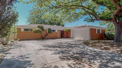 Photo of 2909 LA PALOMITA Road NE, Albuquerque, NM 87111 (MLS # 991552)