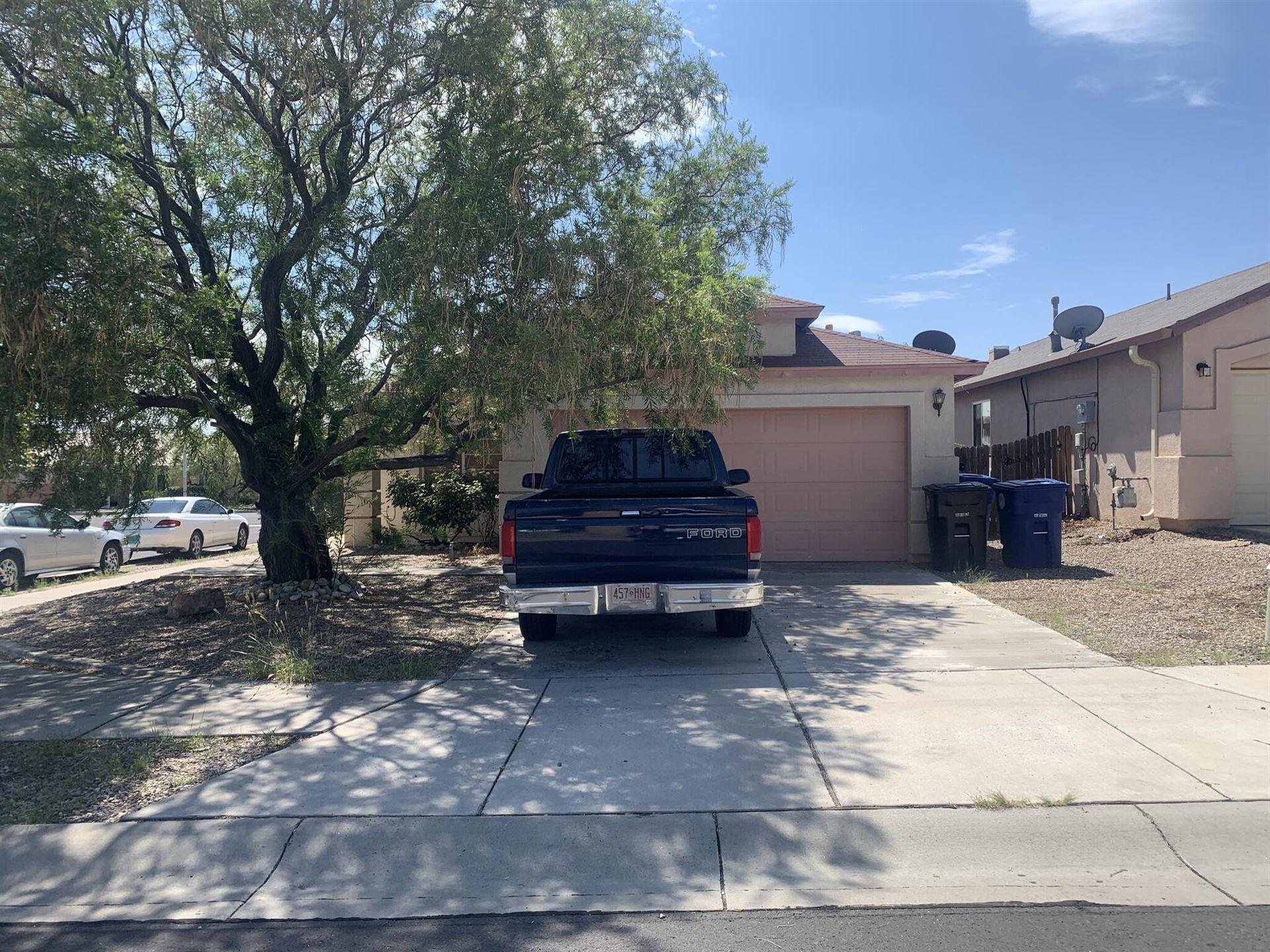 5900 Full Moon Avenue NW, Albuquerque, NM 87114 - #: 1000555