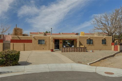 Photo of 1417 RHODE ISLAND Street NE, Albuquerque, NM 87110 (MLS # 989562)