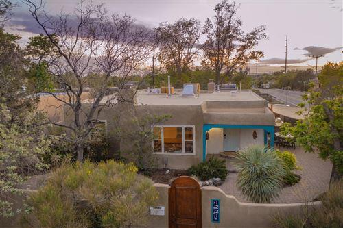 Photo of 1221 CALLE DEL SOL NE, Albuquerque, NM 87106 (MLS # 991562)