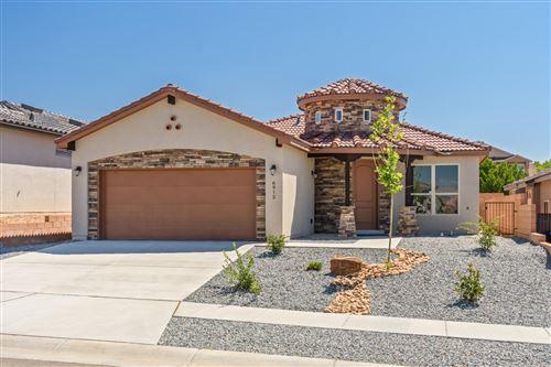 Photo of 6912 Walnut Creek Road NE, Albuquerque, NM 87109 (MLS # 977564)