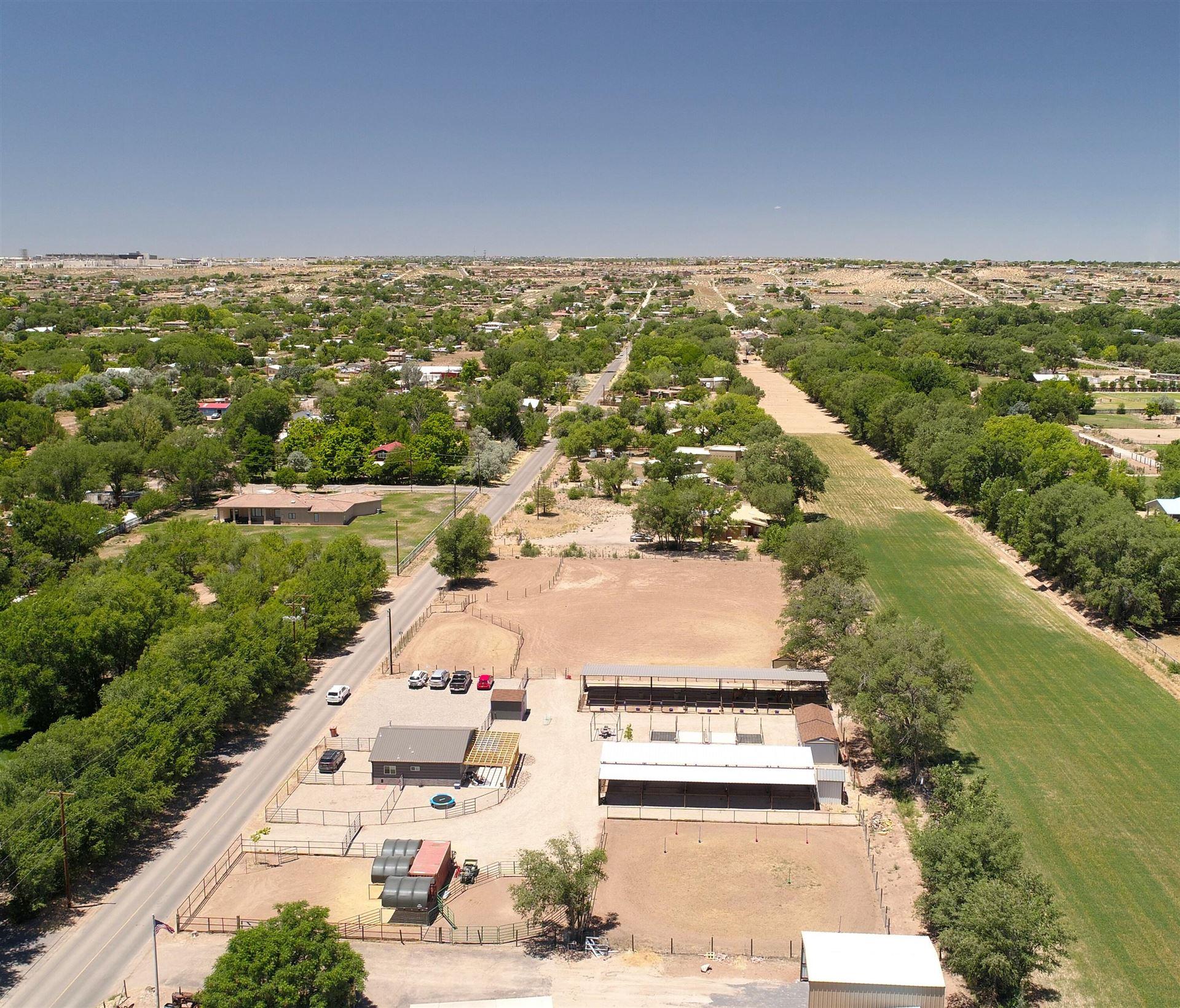 Photo of 408 W LA ENTRADA, Corrales, NM 87048 (MLS # 990567)