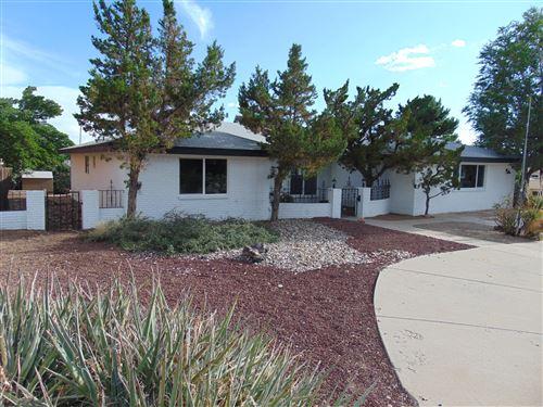 Photo of 14000 SUNGLOW Drive NE, Albuquerque, NM 87123 (MLS # 997569)