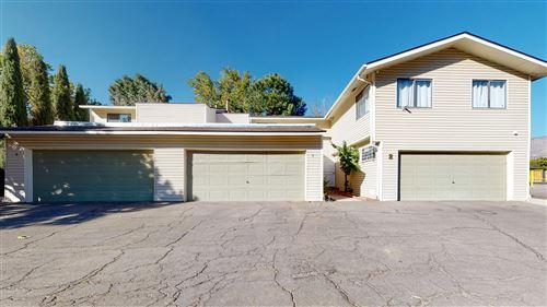 Photo of 4 LAKESHORE Drive NE #4, Albuquerque, NM 87112 (MLS # 976570)