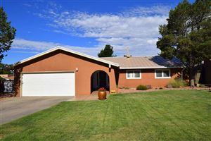 Photo of 3701 Glorieta Street NE, Albuquerque, NM 87111 (MLS # 948573)