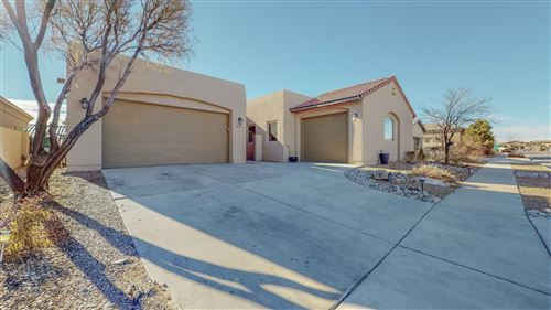 Photo of 2600 La Luz Circle NE, Rio Rancho, NM 87144 (MLS # 986573)