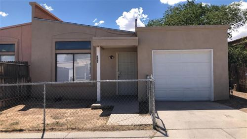 Photo of 205 Merlida Court SW, Albuquerque, NM 87121 (MLS # 974577)