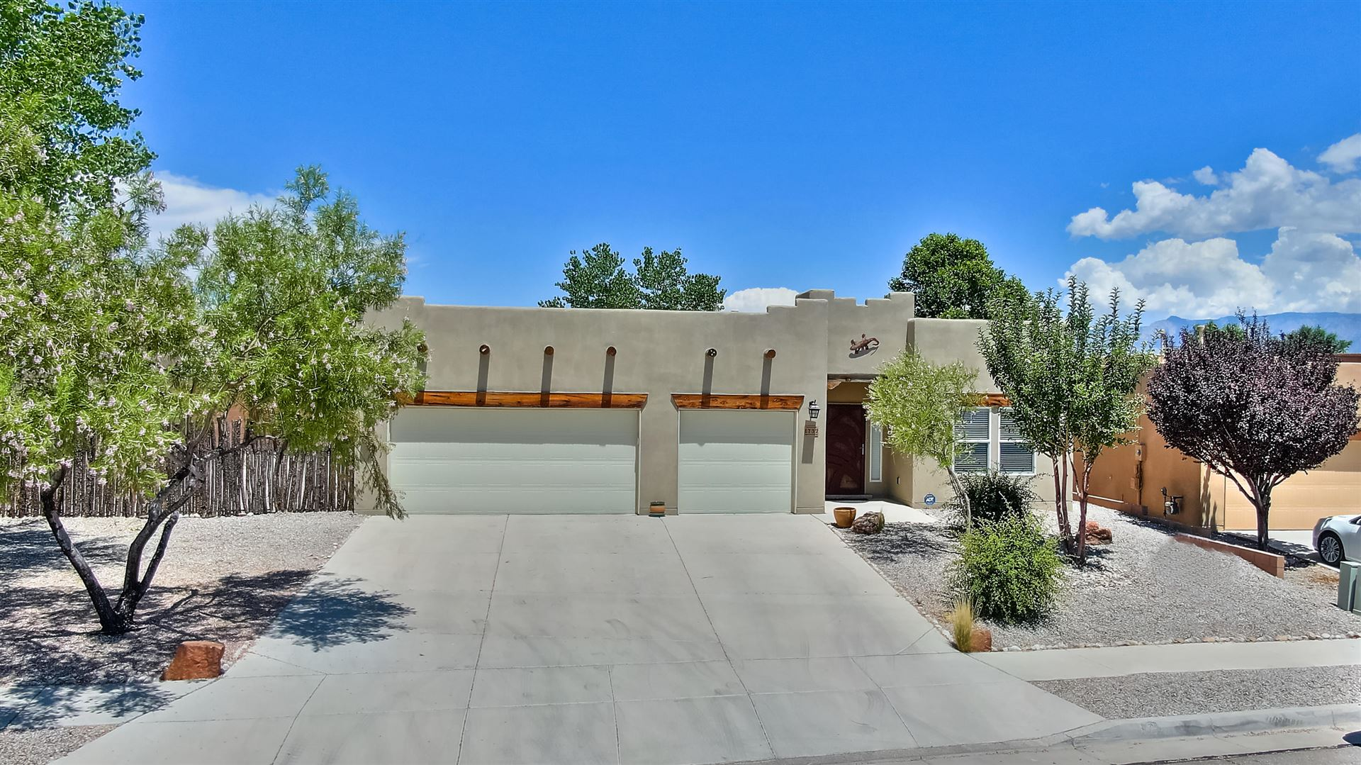 Photo of 1732 Western Hills Drive SE, Rio Rancho, NM 87124 (MLS # 971577)