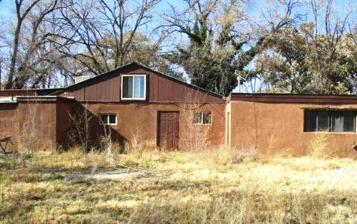 Photo of 19 FERMIN CHAVEZ Road, Belen, NM 87002 (MLS # 958578)