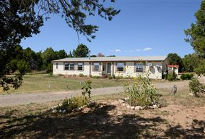 Photo of 17 Cole Younger Road, Edgewood, NM 87015 (MLS # 952580)