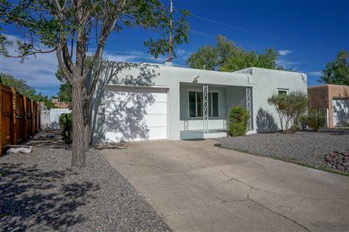 Photo of 708 ORTIZ Drive NE, Albuquerque, NM 87108 (MLS # 971582)