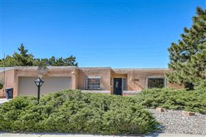 Photo of 3515 CANDLELIGHT Drive NE, Albuquerque, NM 87111 (MLS # 956584)