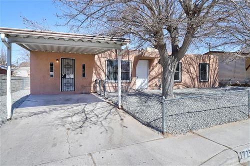Photo of 1725 SPENCE Avenue SE, Albuquerque, NM 87106 (MLS # 986586)