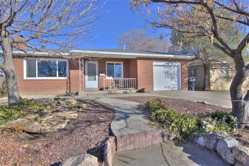 Photo of 2636 CARDENAS Drive NE, Albuquerque, NM 87110 (MLS # 962587)