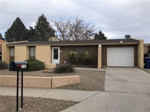 Photo of 5132 Vista De Luz NW, Albuquerque, NM 87114 (MLS # 985596)