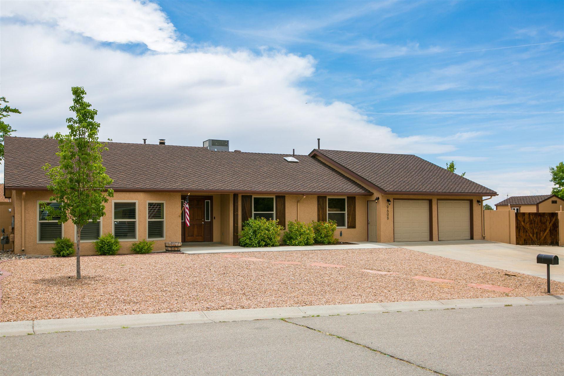 Photo of 9608 VILLA DEL REY NE, Albuquerque, NM 87111 (MLS # 993597)