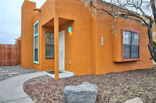 Photo of 7632 REDWOOD Drive NW, Albuquerque, NM 87120 (MLS # 981598)