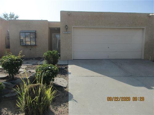 Photo of 11120 SIDNEY Avenue NE, Albuquerque, NM 87111 (MLS # 977599)