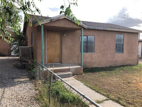Photo of 302 Mullen Road NW, Albuquerque, NM 87107 (MLS # 997600)