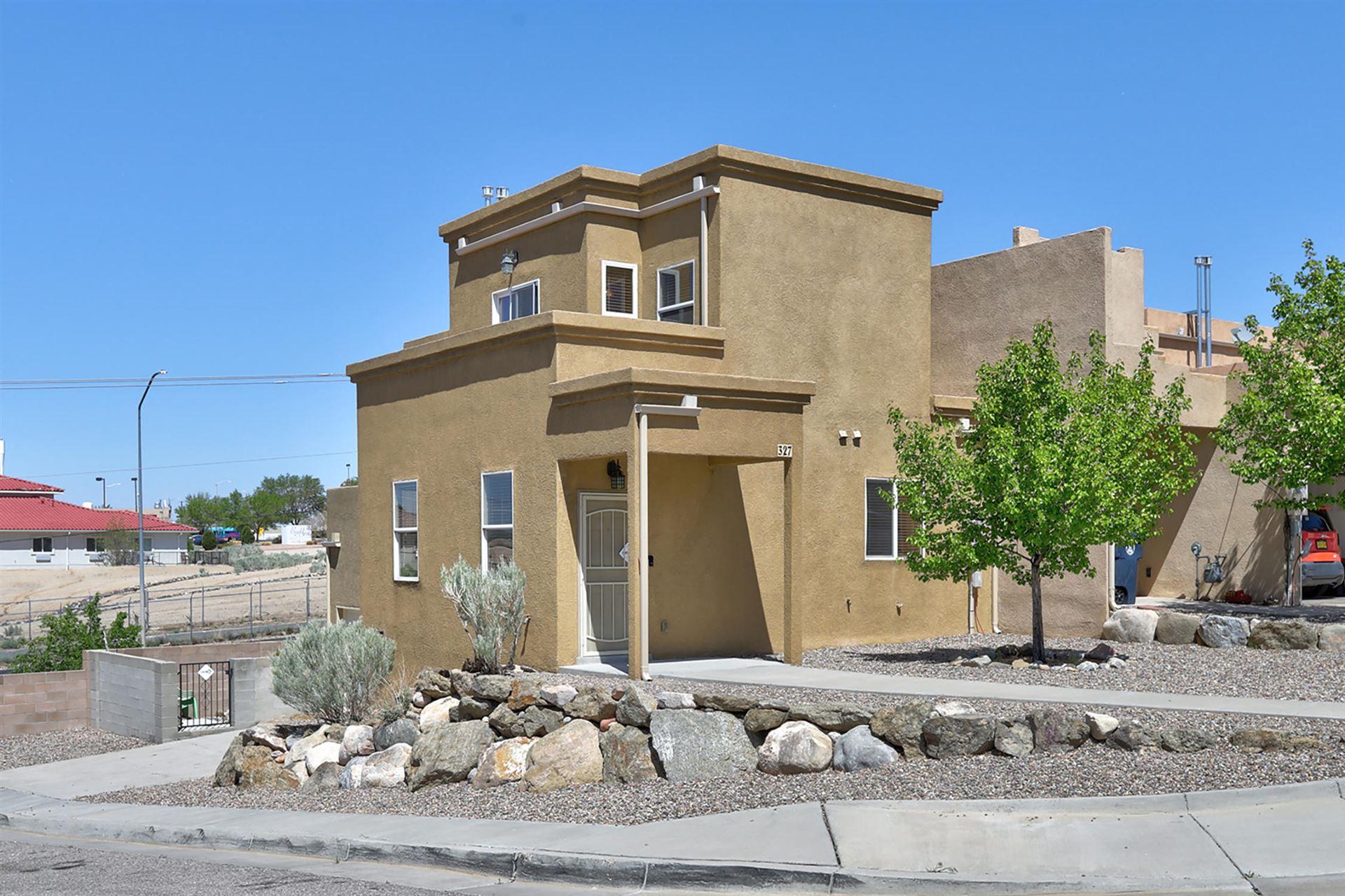 Photo of 327 LANIER Drive SE, Albuquerque, NM 87123 (MLS # 991600)